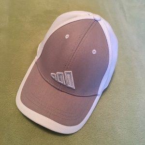 Adidas gray and white Climalite running cap